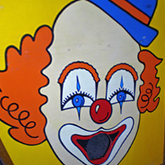 Clown Toss carnival game