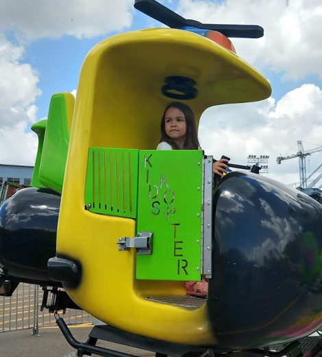 kid copter ride